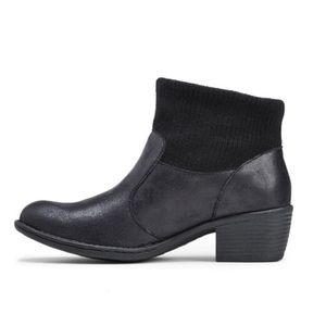 NEW B.O.C. Women's Bendell Booties Size 8